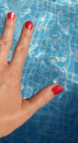 Le cas du vernis à la piscine…