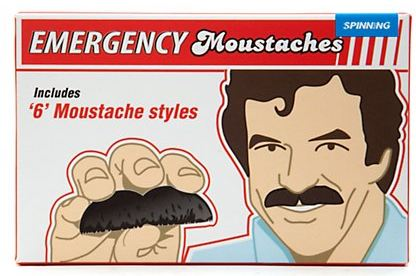 moustache-d-urgence-new-look.JPG