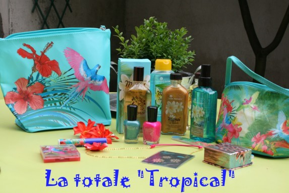 look-book-tropical.jpg
