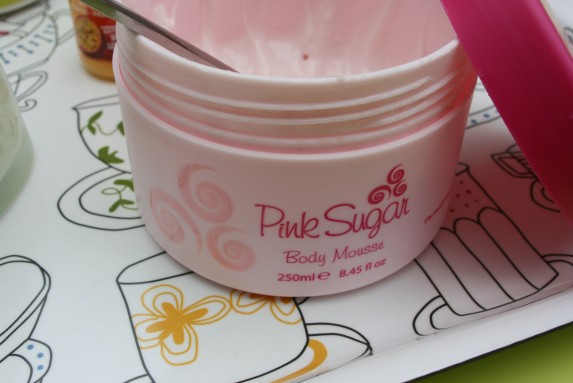 pink-sugar-body-mousse.jpg