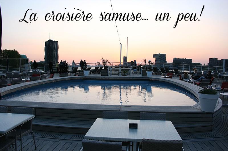 piscine coucher du soleil