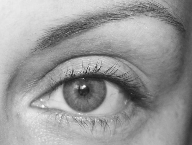 Laisser pousser ses sourcils : astuces et patience…
