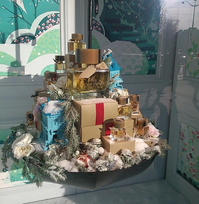 my burberry vitrines de Noël