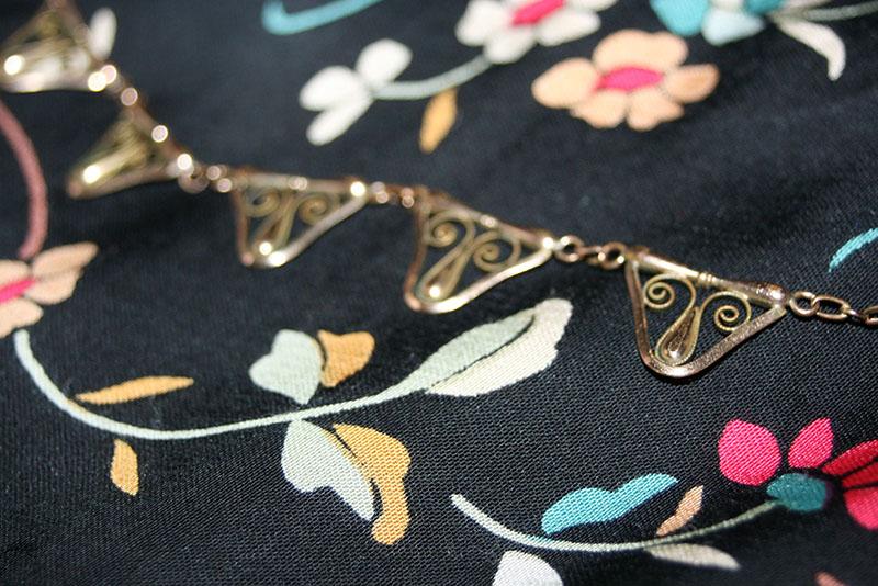 collier détails
