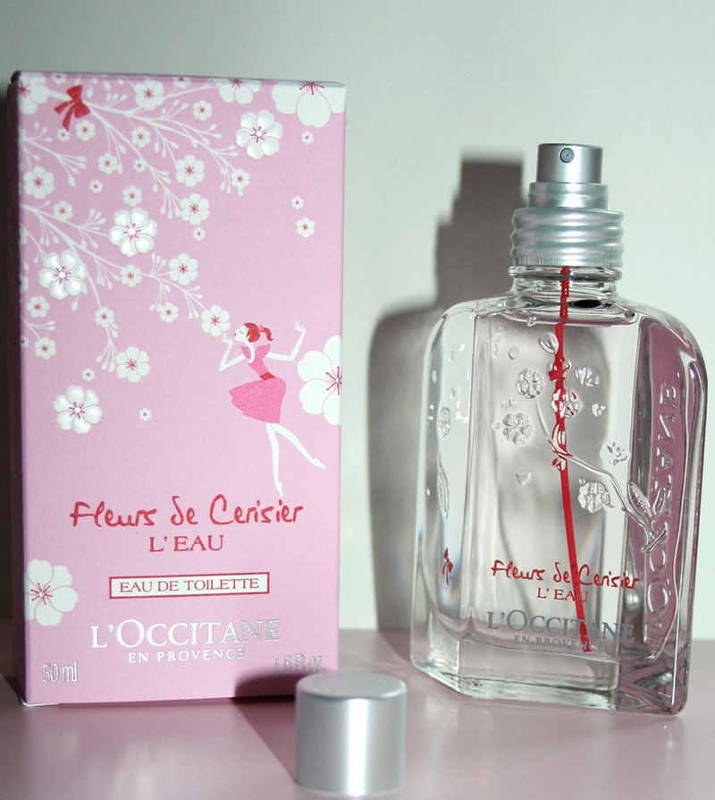 eau fleur de cerisier occitane