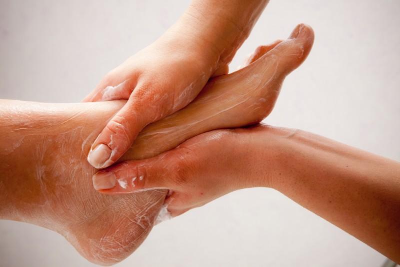 La socio esth tique soigner en beaut - Coupe des ongles de pieds ...