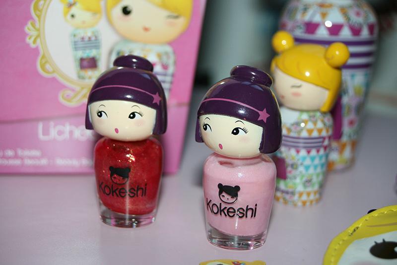 Toute mon amitié à travers Kokeshi