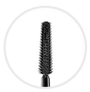 Un mascara qui allonge les cils sans paquet : Make Up For Ever « stretching sur mesure »