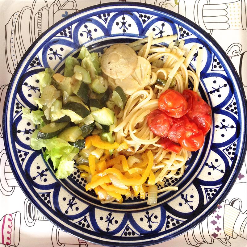 Facile à faire, végétarien et joli à voir... Le One Pot Pasta, cuire ses pâtes et ses légumes tout en même temps ! Saveur garantie !