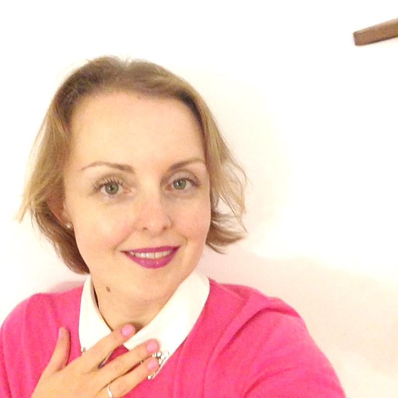 selfie pink
