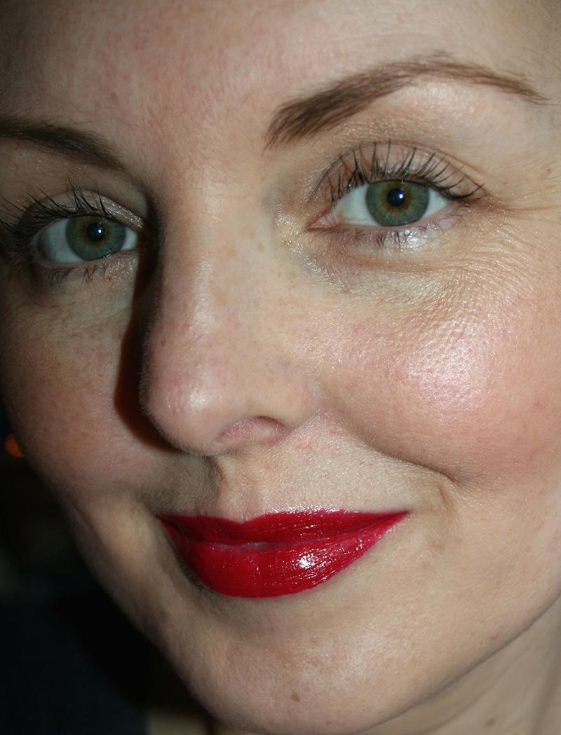 gwen stefani urban decay lipstick