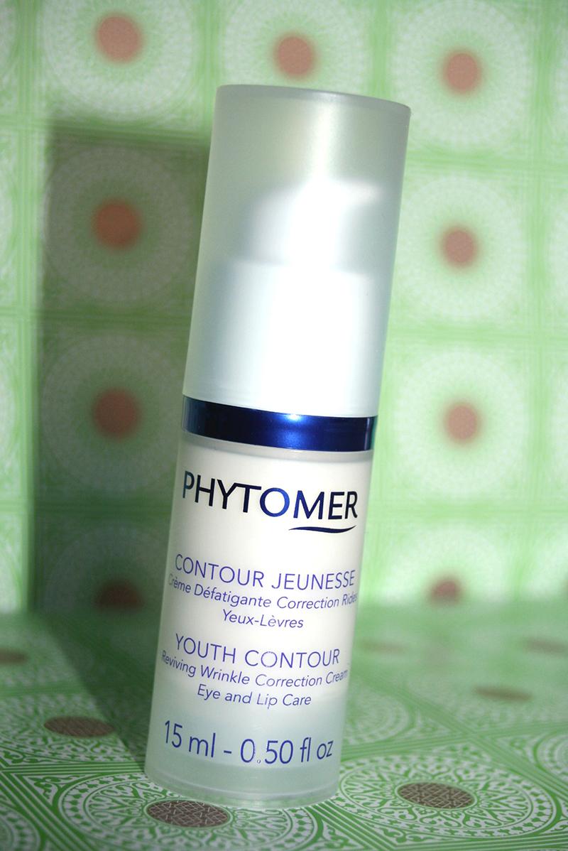 phytomer deux en un contour des yeux et des lèvres