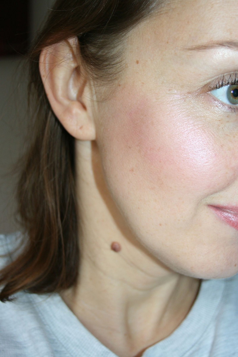 highlighter-anastasia-avec-blush