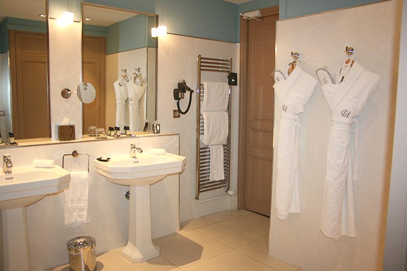 salle debain du grand hotel cabourg - chambre proust