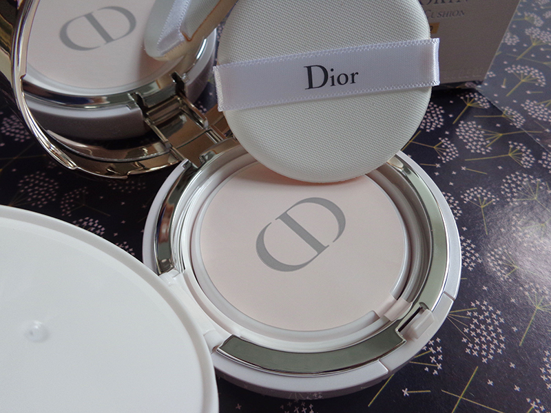 creamskin dior cushion cream