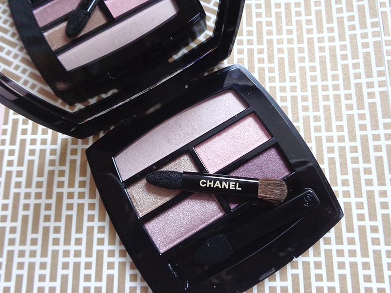 pallette light beiges Chanel