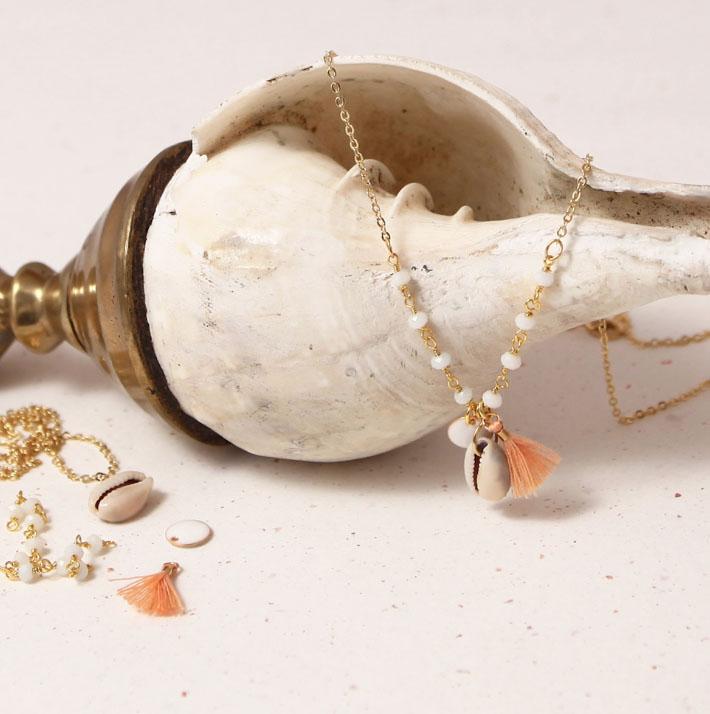 collier la cabane à perles